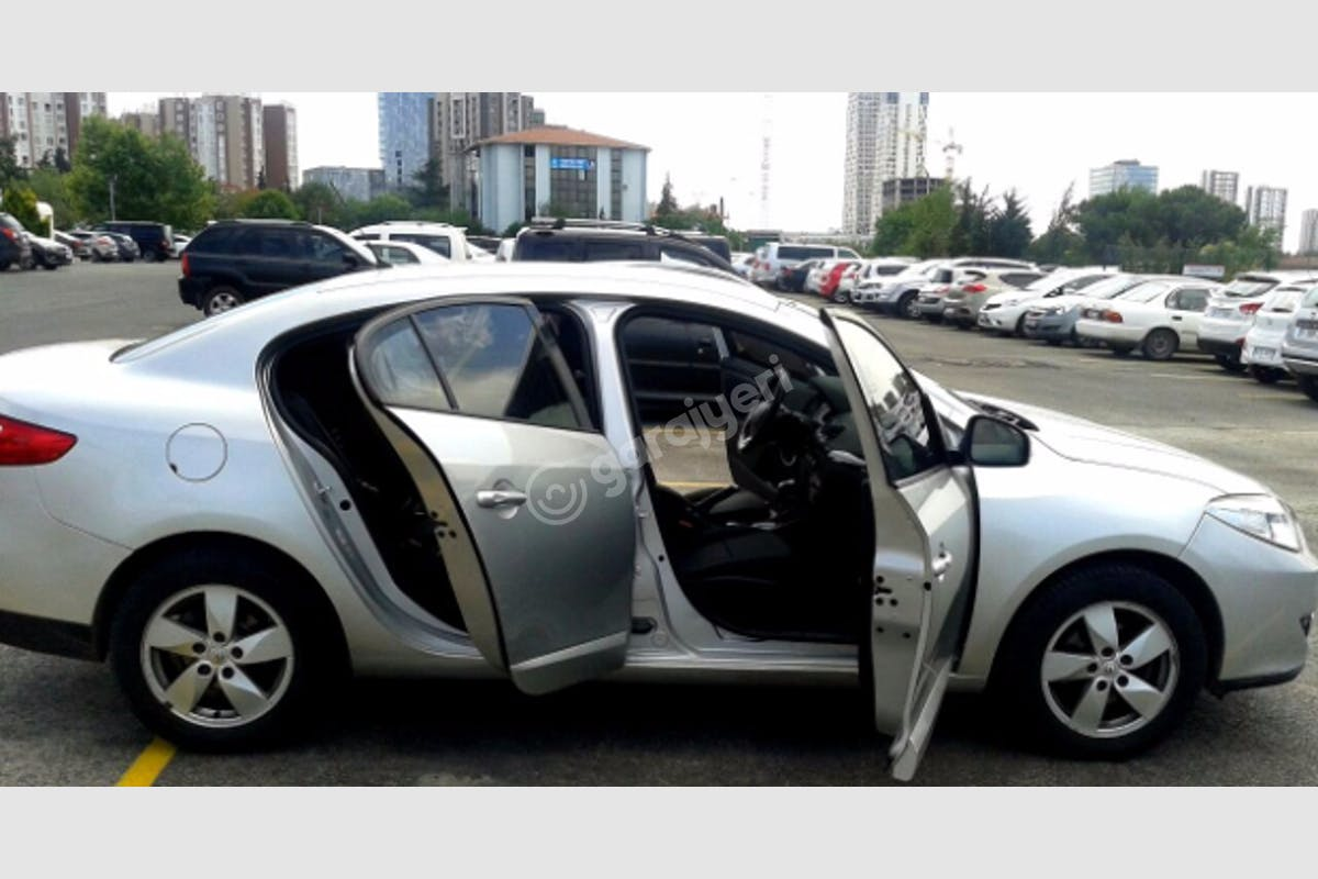 Renault Fluence Pendik Kiralık Araç 7. Fotoğraf