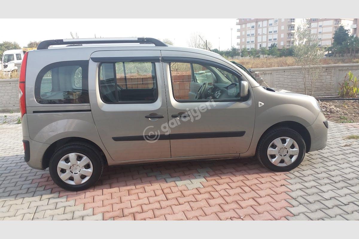 Renault Kangoo Konyaaltı Kiralık Araç 2. Fotoğraf