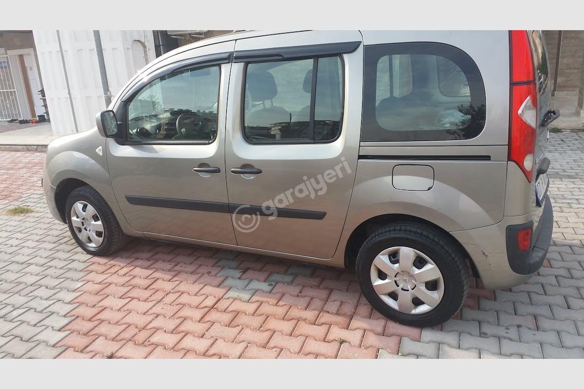 Renault Kangoo Konyaaltı Kiralık Araç 3. Fotoğraf