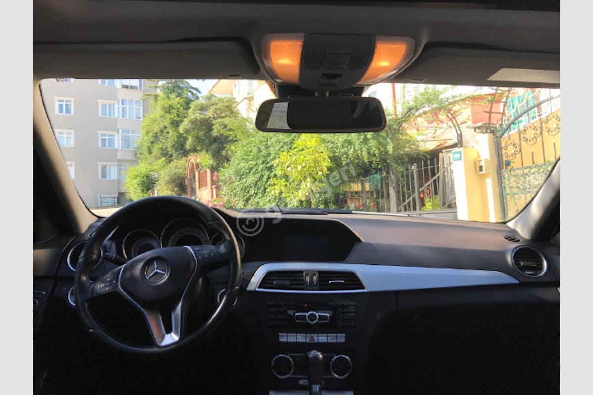 Mercedes - Benz C Ümraniye Kiralık Araç 4. Fotoğraf