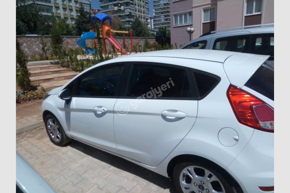 Ford Fiesta Onikişubat Kiralık Araç 1. Fotoğraf