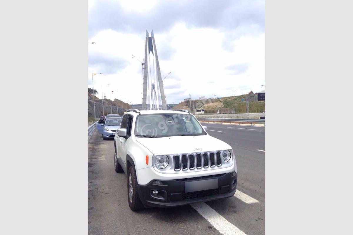 Jeep Renegade Bağcılar Kiralık Araç 2. Fotoğraf
