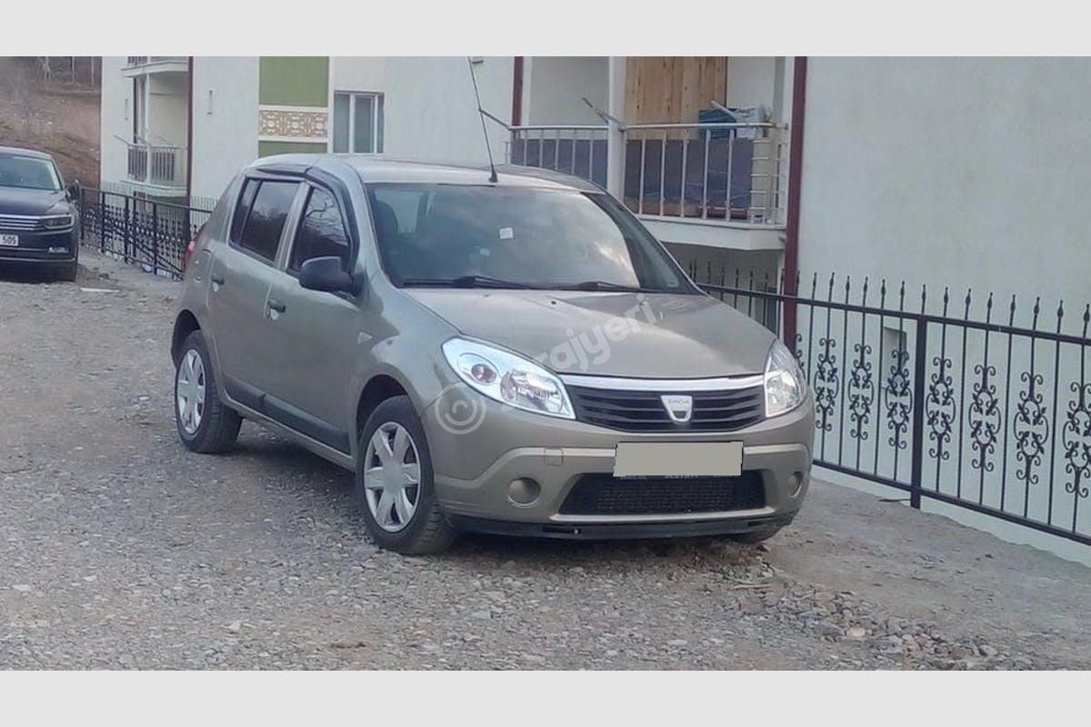 Dacia Sandero Koyulhisar Kiralık Araç 1. Fotoğraf