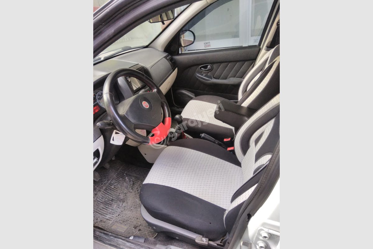 Fiat Albea Esenler Kiralık Araç 6. Fotoğraf