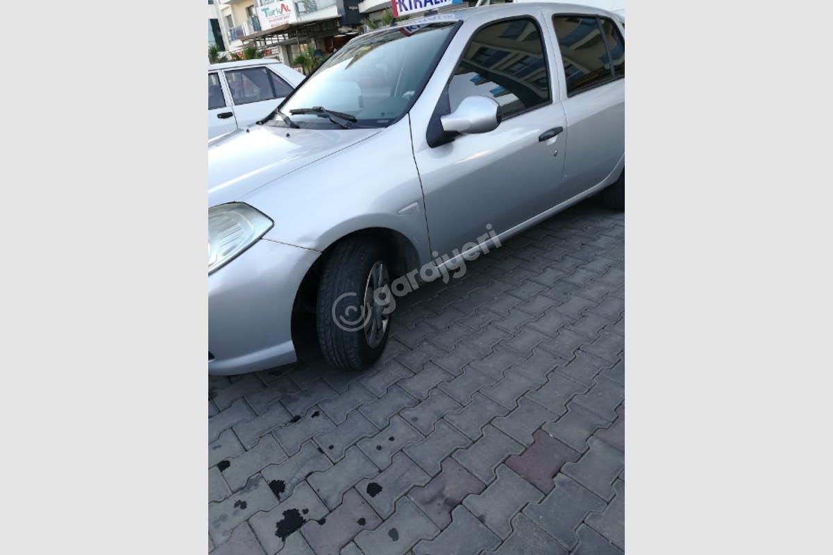 Renault Symbol Çiğli Kiralık Araç 3. Fotoğraf