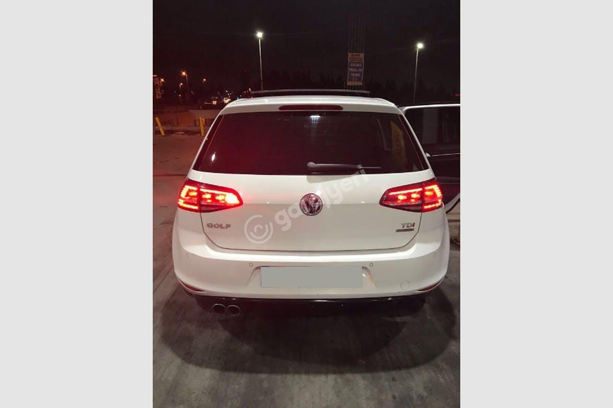 Volkswagen Golf Küçükçekmece Kiralık Araç 5. Fotoğraf