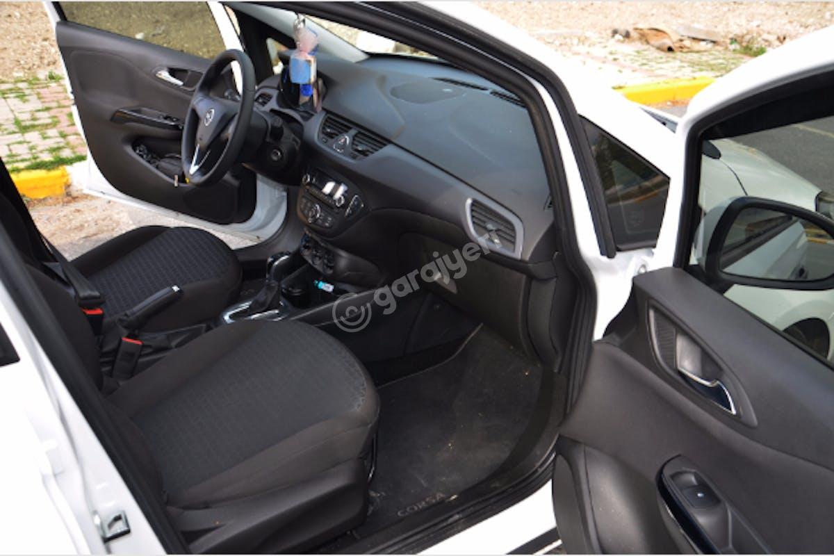 Opel Corsa Beylikdüzü Kiralık Araç 11. Fotoğraf