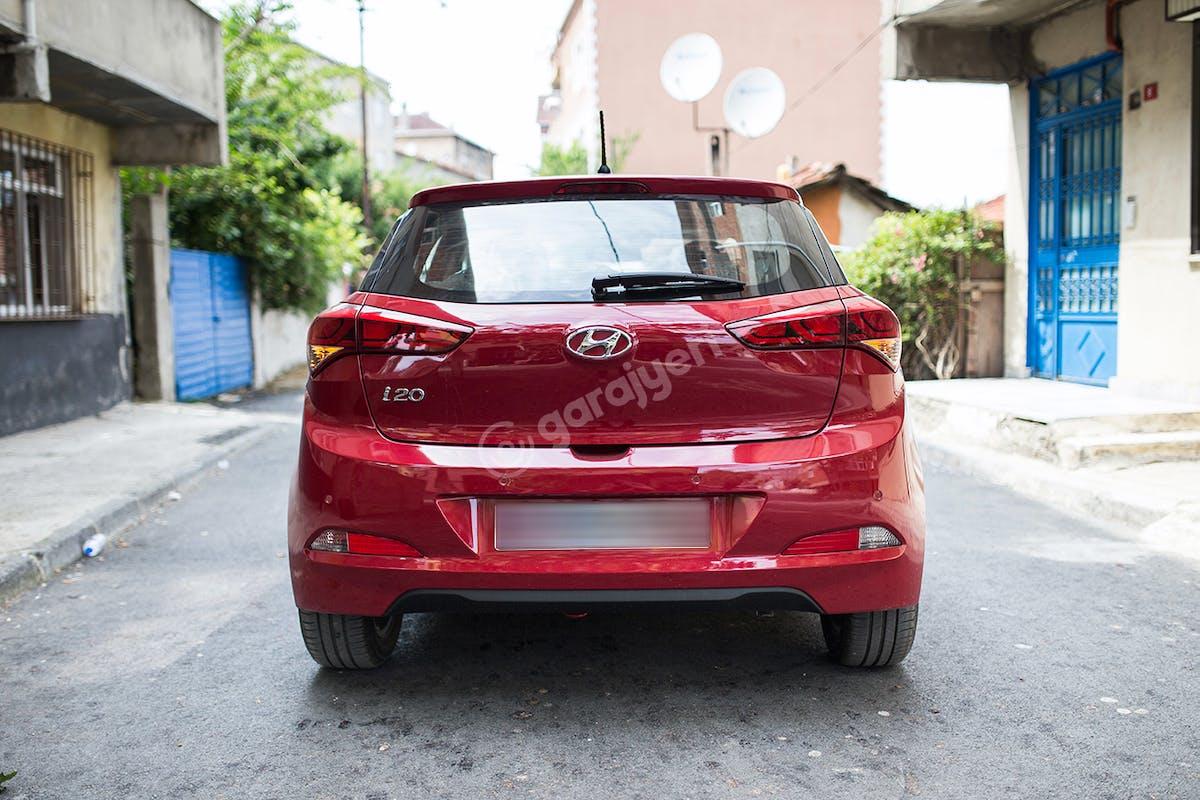 Hyundai i20 Ümraniye Kiralık Araç 5. Fotoğraf