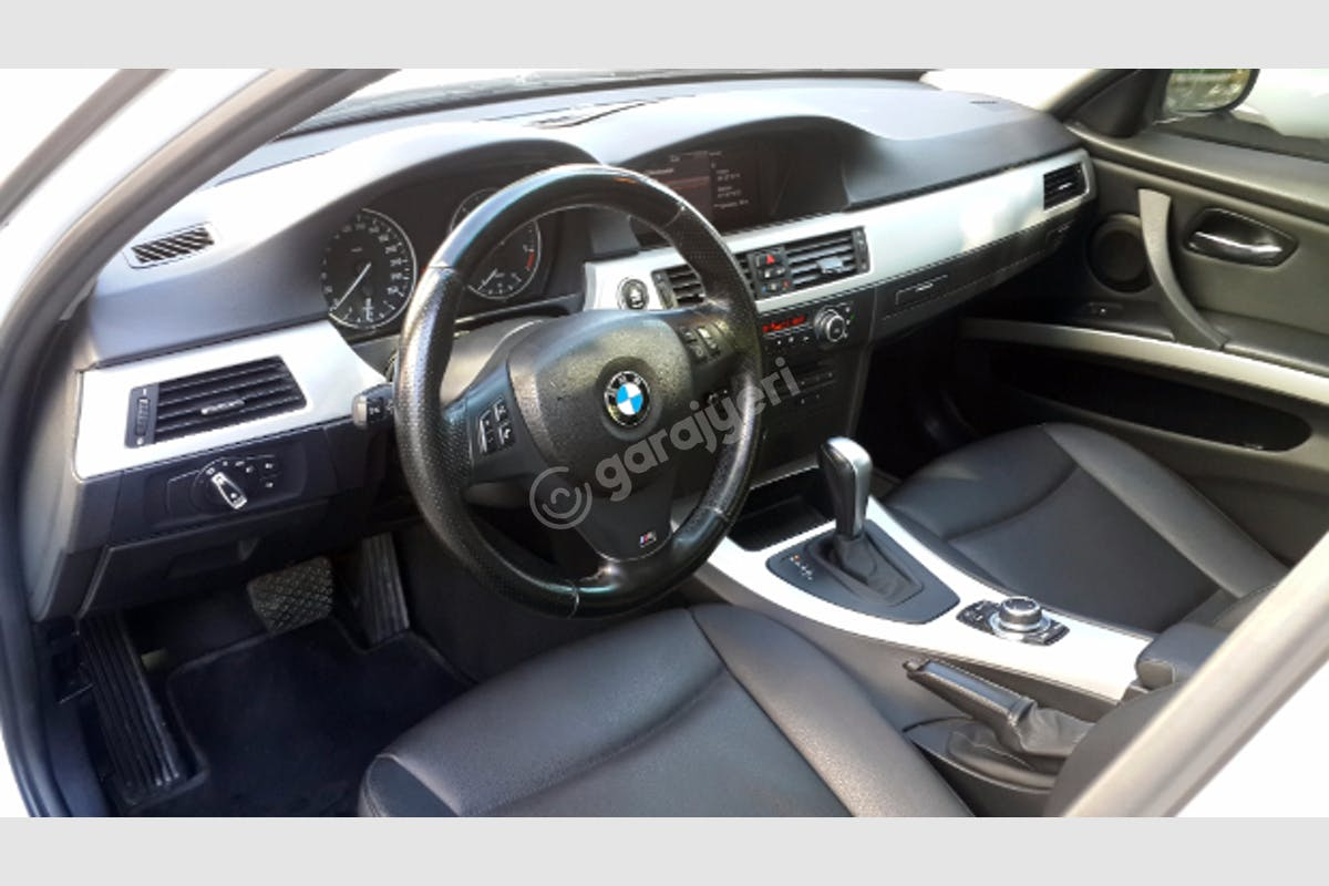 BMW 3 Buca Kiralık Araç 6. Fotoğraf