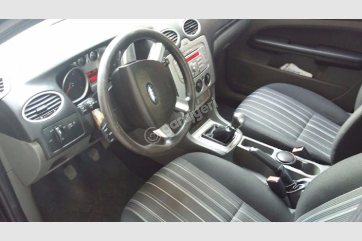 Ford Focus Sultangazi Kiralık Araç 3. Fotoğraf