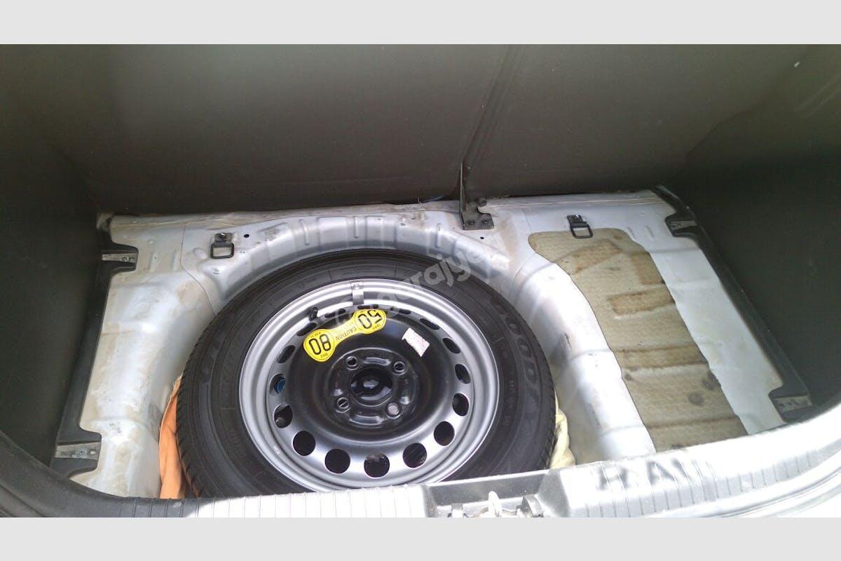 Hyundai i20 Çankaya Kiralık Araç 5. Fotoğraf