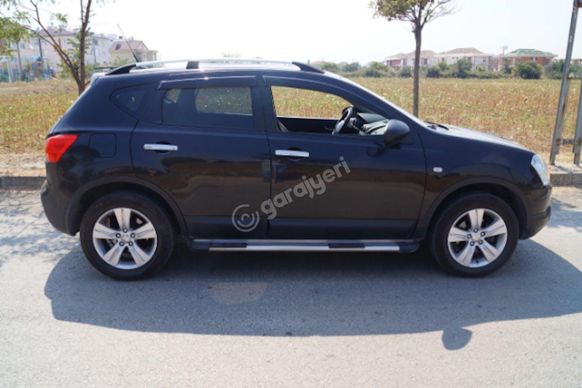 Nissan Qashqai Tuzla Kiralık Araç 4. Fotoğraf