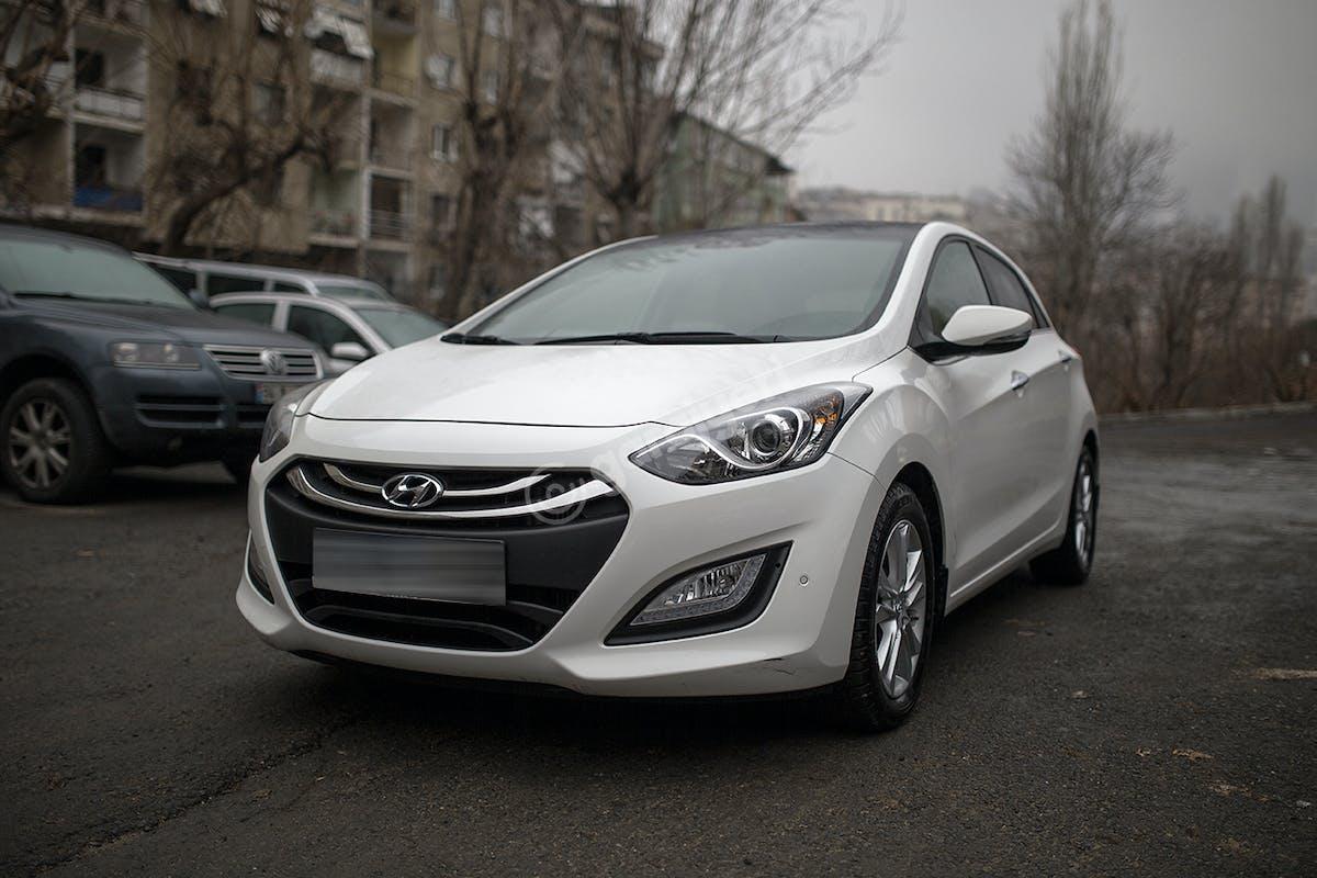 Hyundai i30 Şişli Kiralık Araç 1. Fotoğraf