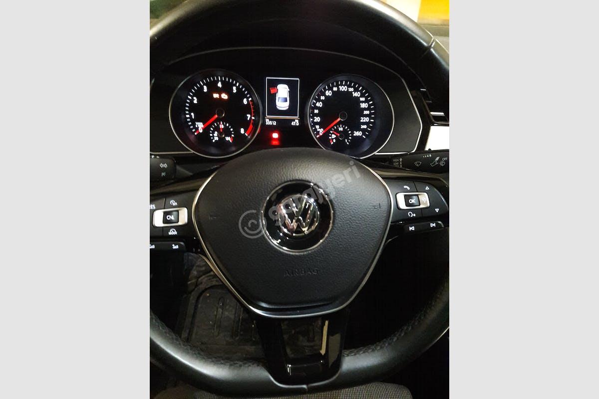 Volkswagen Passat Şehzadeler Kiralık Araç 4. Fotoğraf
