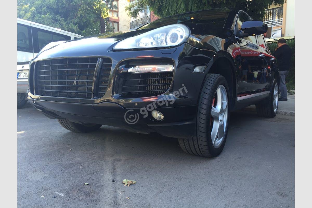 Porsche Cayenne Karşıyaka Kiralık Araç 3. Fotoğraf