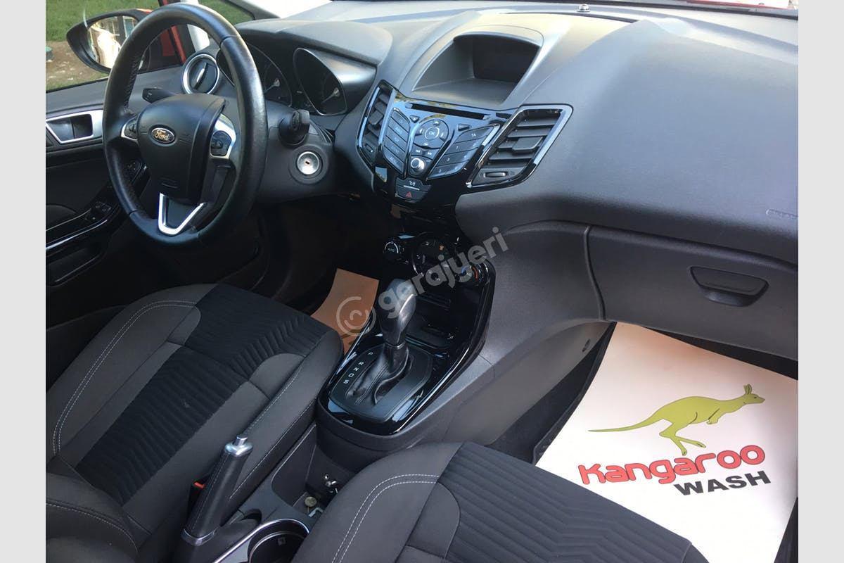 Ford Fiesta Seyhan Kiralık Araç 5. Fotoğraf