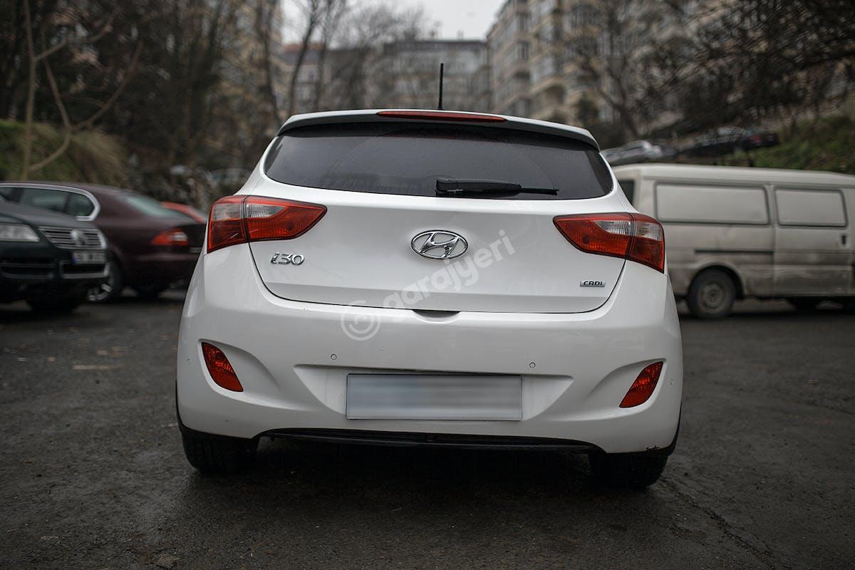 Hyundai i30 Şişli Kiralık Araç 6. Fotoğraf