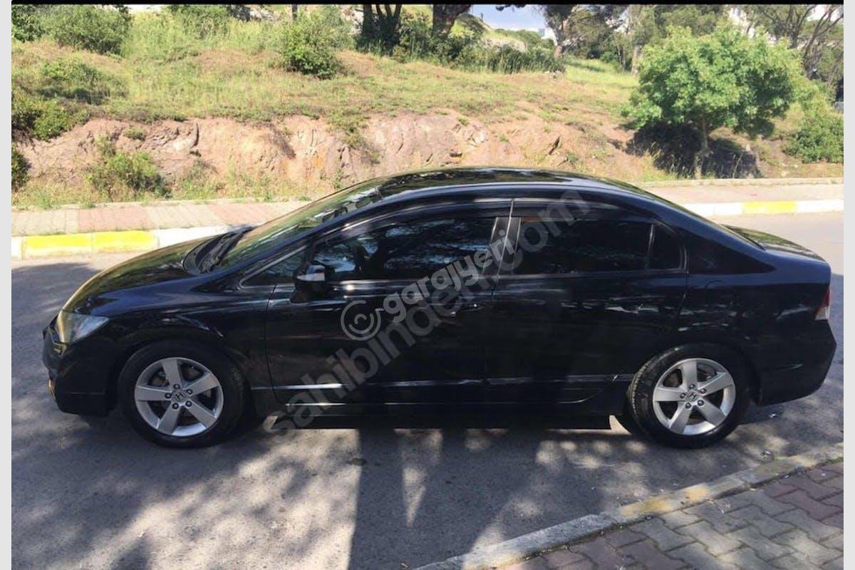 Honda Civic Maltepe Kiralık Araç 1. Fotoğraf