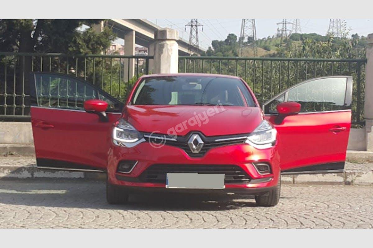 Renault Clio Eyüp Kiralık Araç 1. Fotoğraf