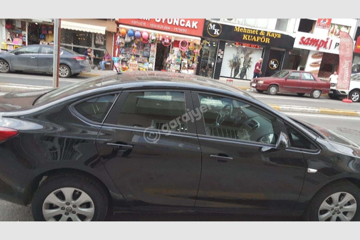 Opel Astra Kadıköy Kiralık Araç 3. Fotoğraf
