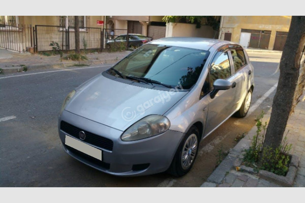 Fiat Punto Sultangazi Kiralık Araç 3. Fotoğraf