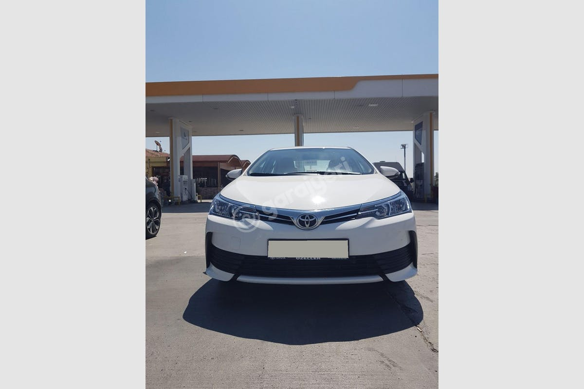 Toyota Corolla Yenimahalle Kiralık Araç 1. Fotoğraf