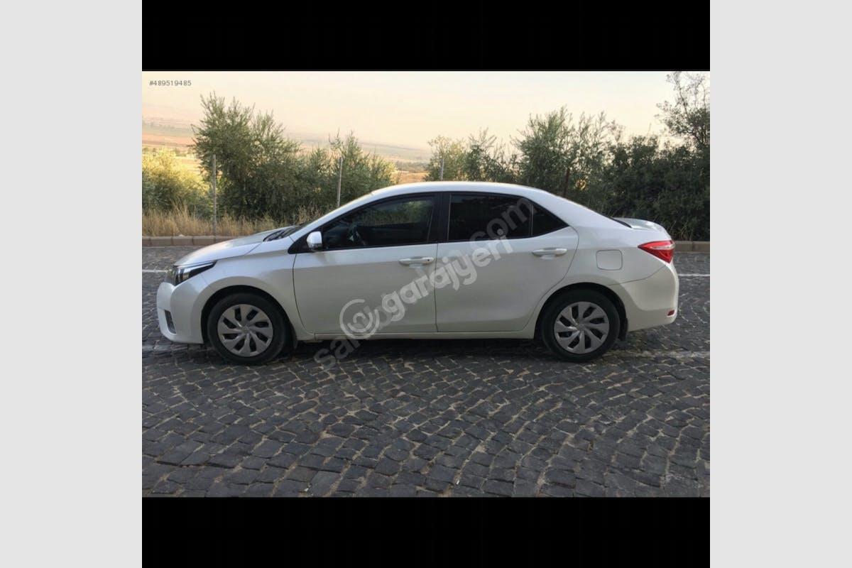 Toyota Corolla Sarıyer Kiralık Araç 5. Fotoğraf