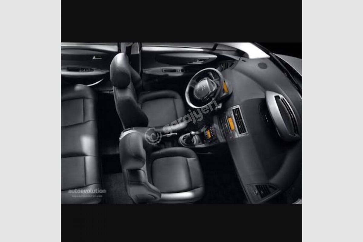 Citroën C4 Bozüyük Kiralık Araç 2. Fotoğraf