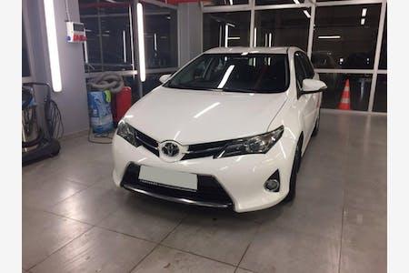Kiralık Toyota Auris , İstanbul Esenler