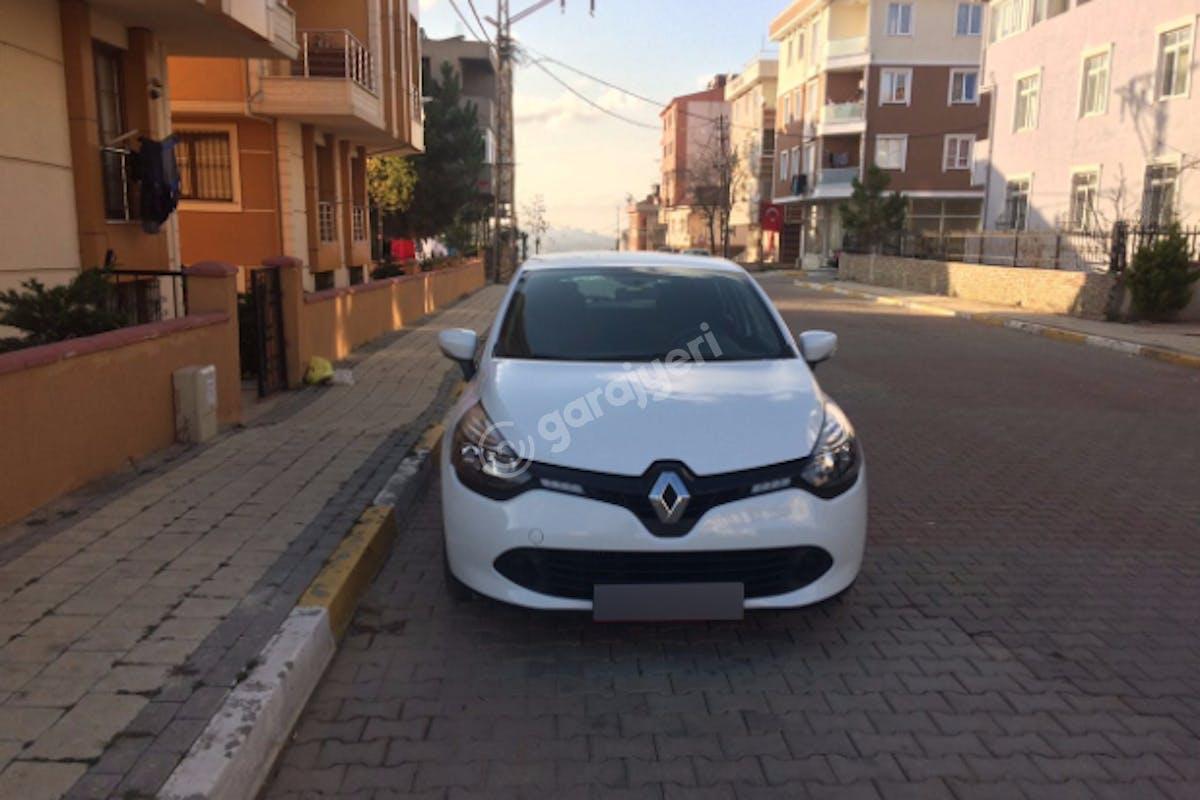 Renault Clio Ümraniye Kiralık Araç 3. Fotoğraf
