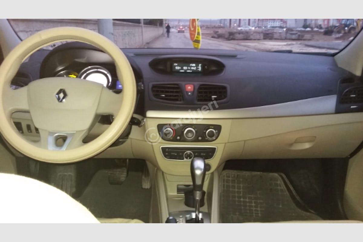 Renault Fluence Selçuklu Kiralık Araç 3. Fotoğraf