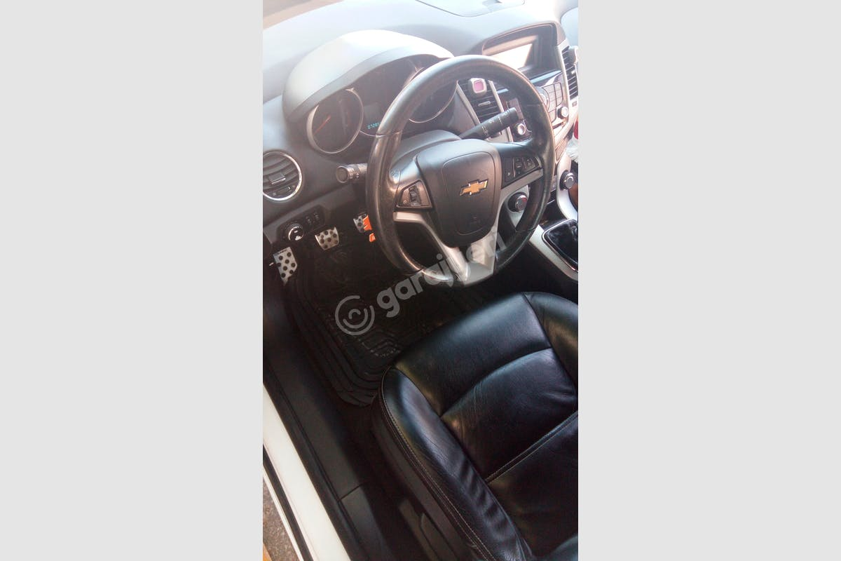 Chevrolet Cruze Küçükçekmece Kiralık Araç 10. Fotoğraf
