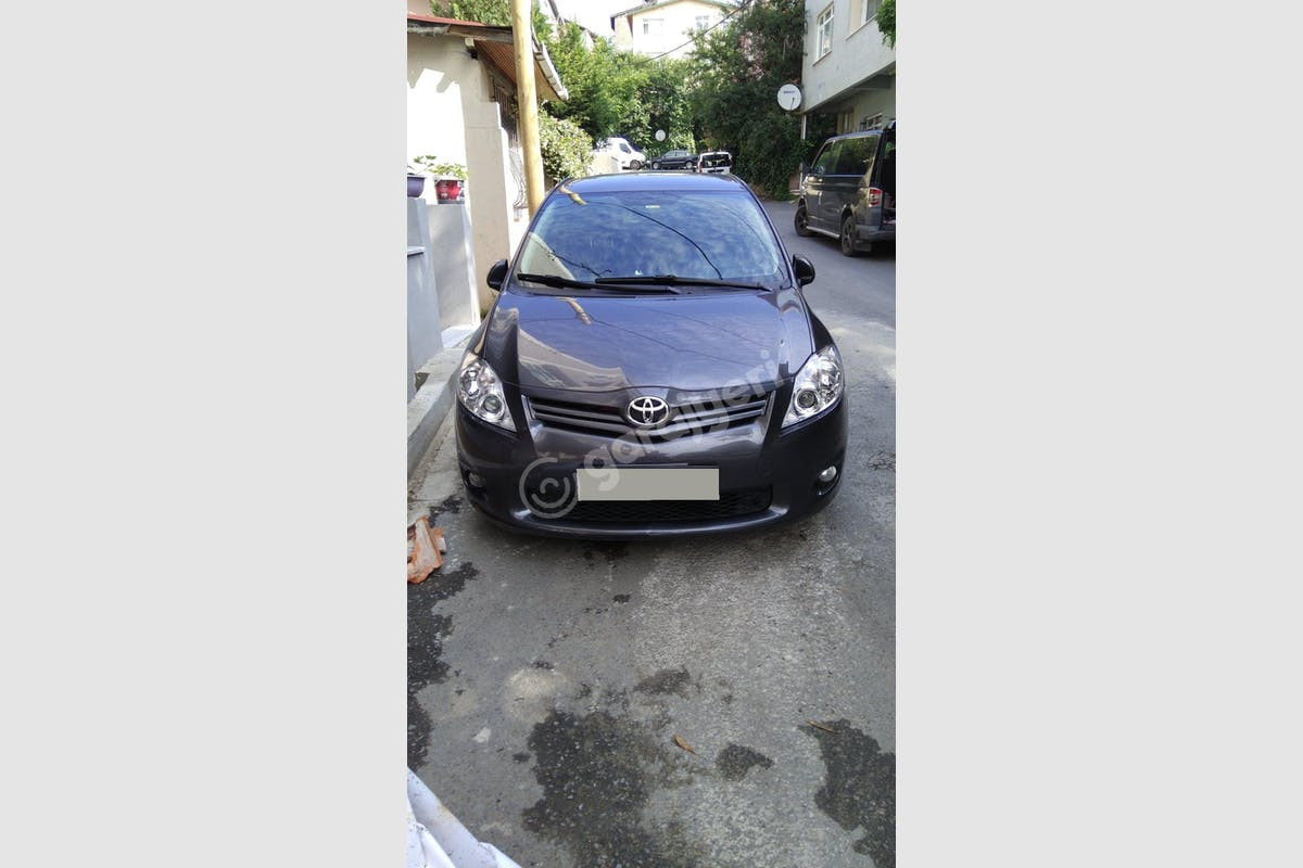 Toyota Auris Sarıyer Kiralık Araç 1. Fotoğraf