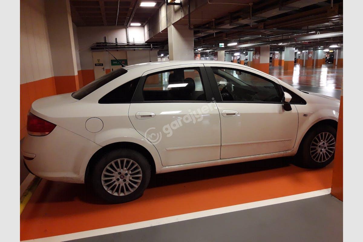 Fiat Linea Sarıyer Kiralık Araç 5. Fotoğraf