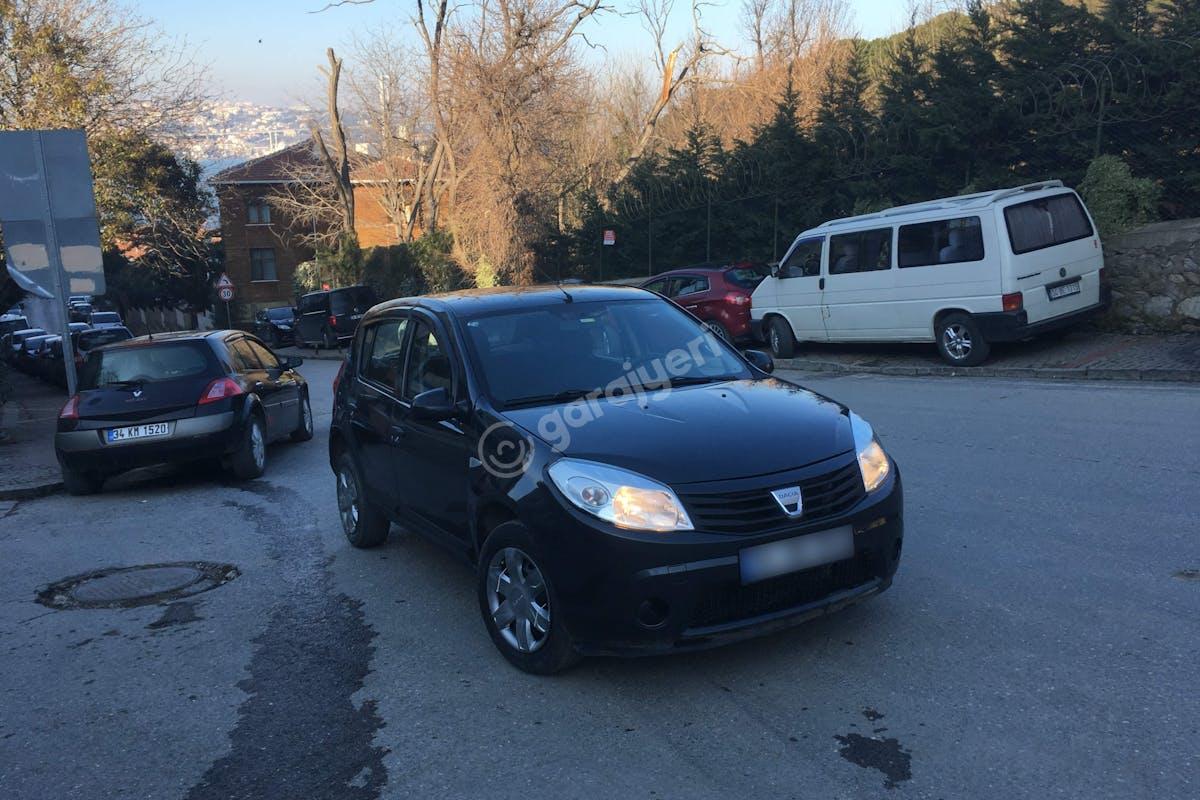 Dacia Sandero Üsküdar Kiralık Araç 1. Fotoğraf