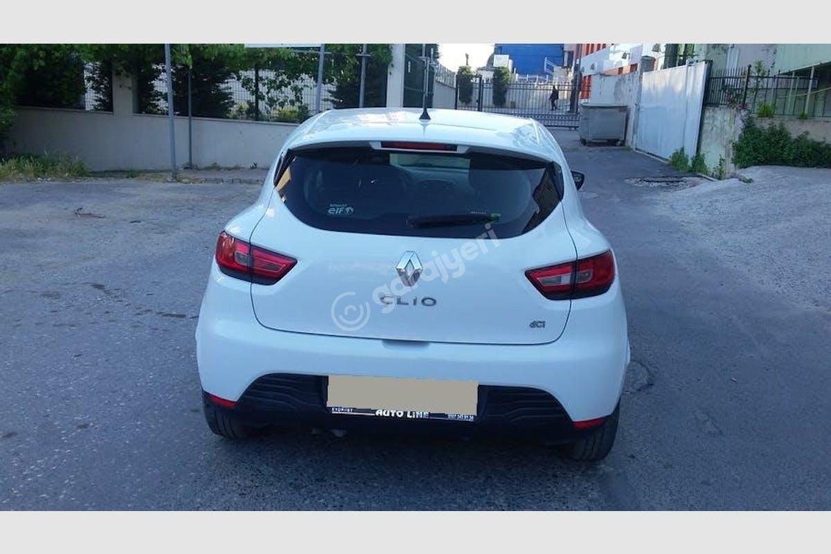 Renault Clio Eyüp Kiralık Araç 4. Fotoğraf