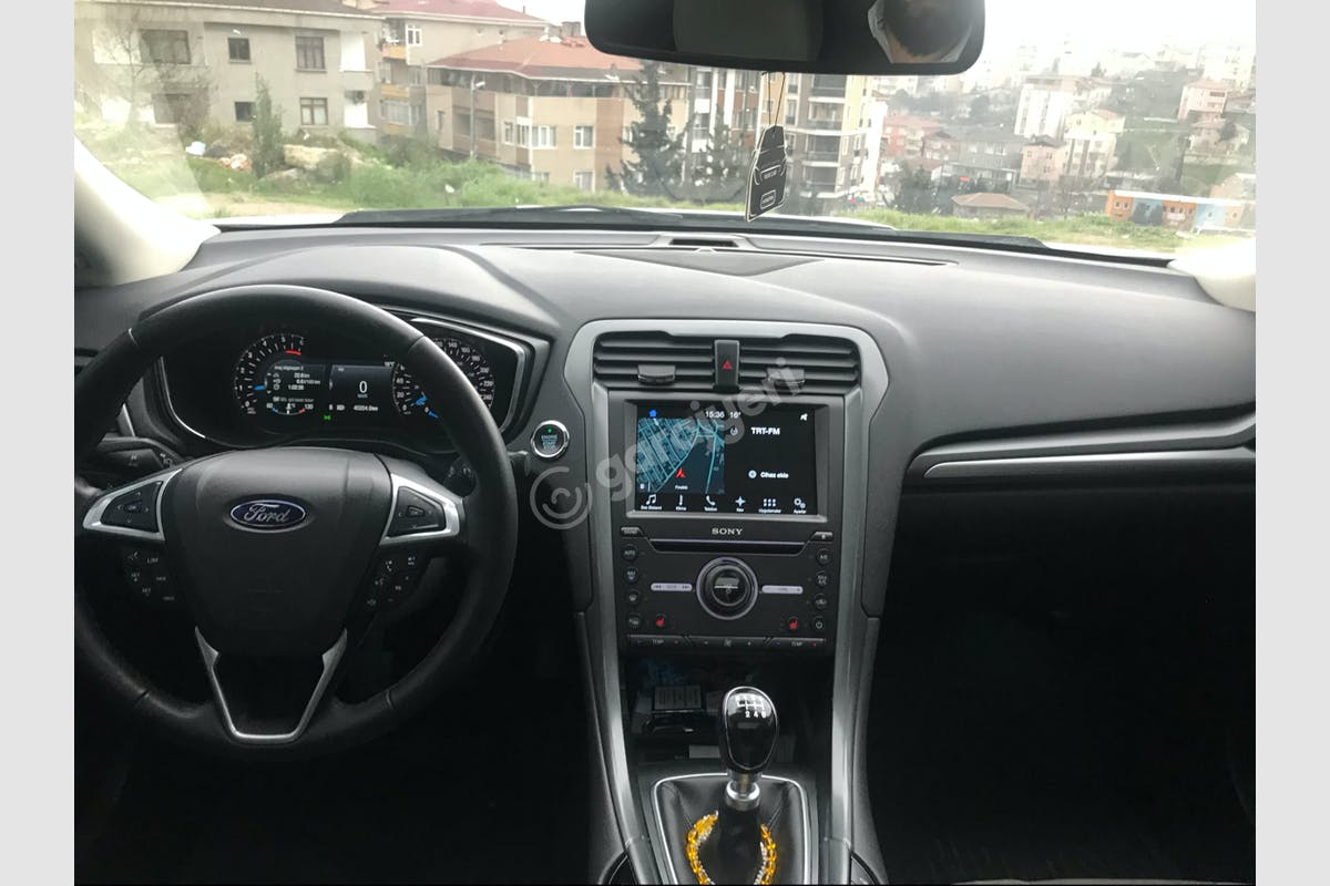 Ford Mondeo Ataşehir Kiralık Araç 3. Fotoğraf
