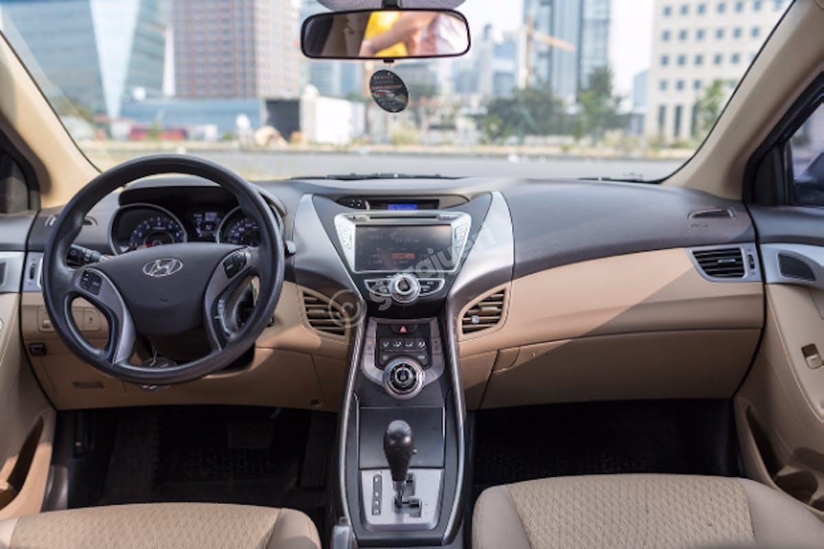 Hyundai Elantra Şişli Kiralık Araç 7. Fotoğraf