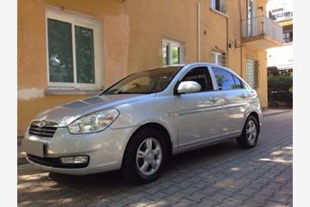 Hyundai Accent Era İstanbul Sarıyer Kiralık Araç