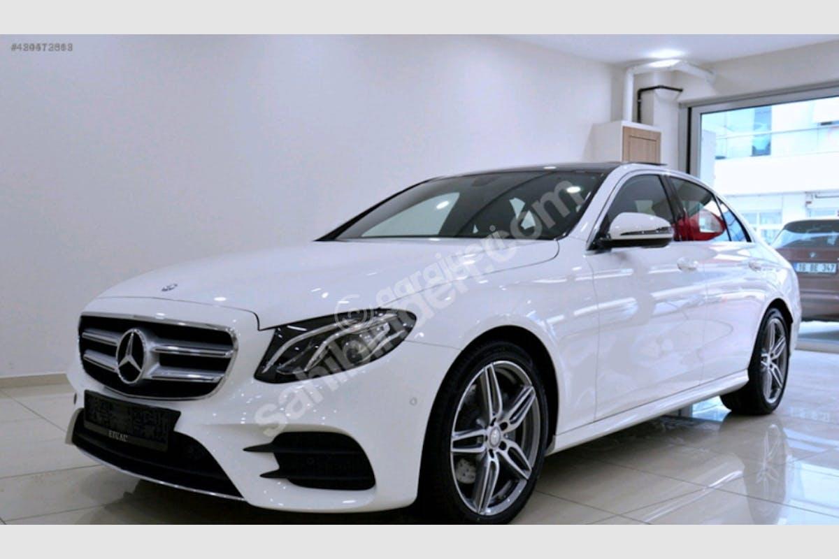 Mercedes - Benz C Ümraniye Kiralık Araç 1. Fotoğraf