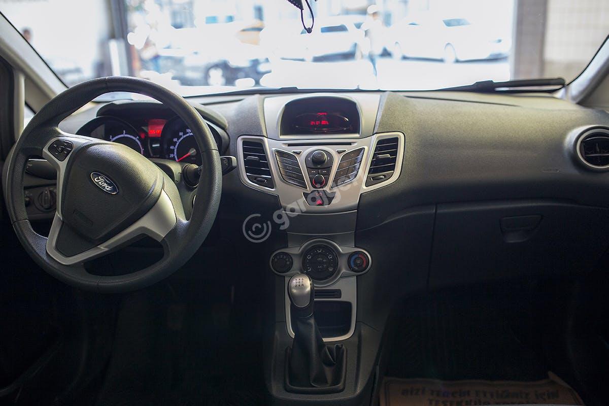 Ford Fiesta Bayrampaşa Kiralık Araç 7. Fotoğraf