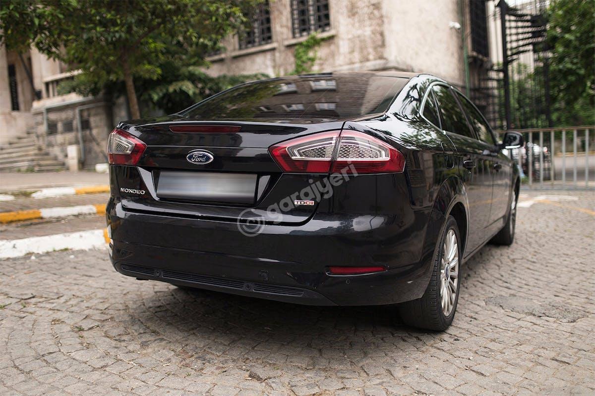 Ford Mondeo Beyoğlu Kiralık Araç 4. Fotoğraf