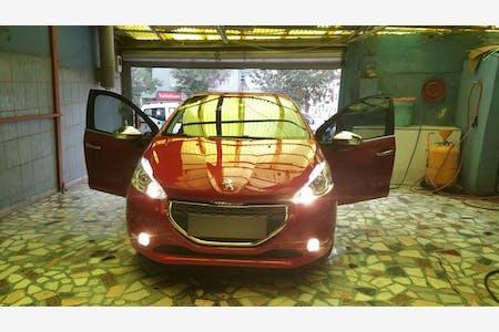 Peugeot 208 İstanbul Eyüp Kiralık Araç