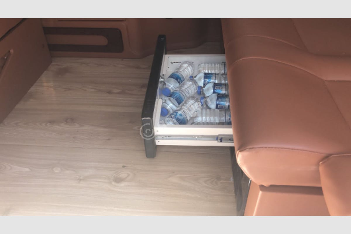 Volkswagen Transporter Ataşehir Kiralık Araç 6. Fotoğraf