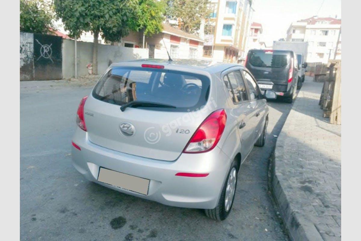 Hyundai i20 Eyüp Kiralık Araç 2. Fotoğraf
