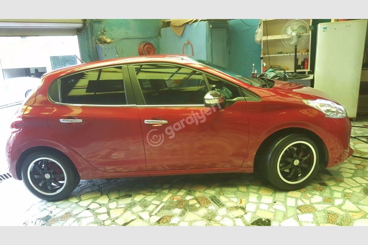 Peugeot 208 Beylikdüzü Kiralık Araç 3. Fotoğraf
