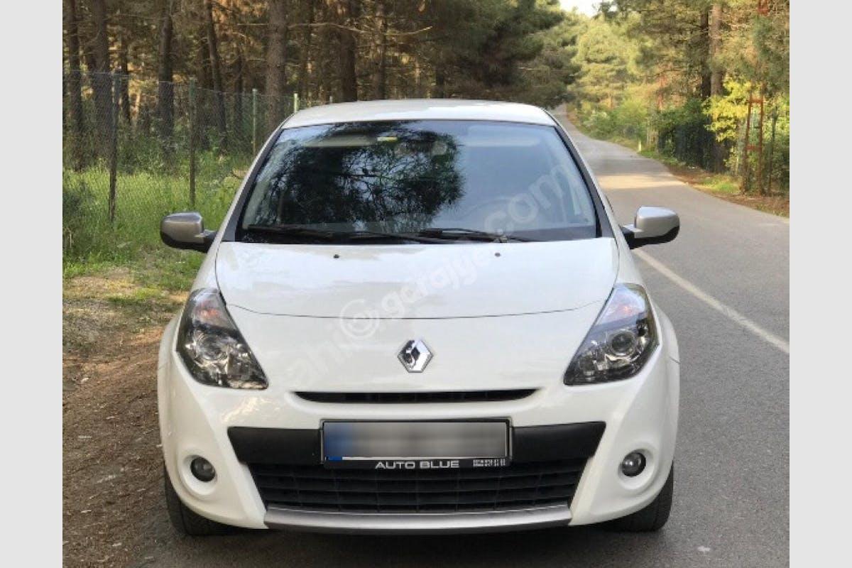 Renault Clio Ümraniye Kiralık Araç 1. Fotoğraf
