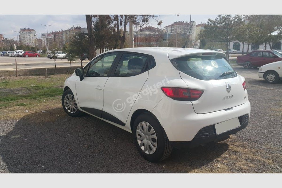 Renault Clio Merkez Kiralık Araç 1. Fotoğraf