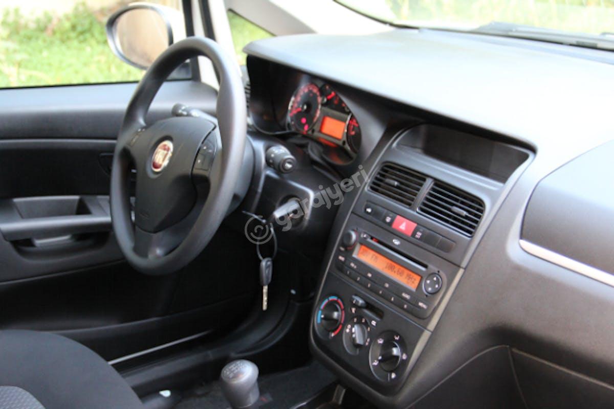 Fiat Linea Maltepe Kiralık Araç 6. Fotoğraf