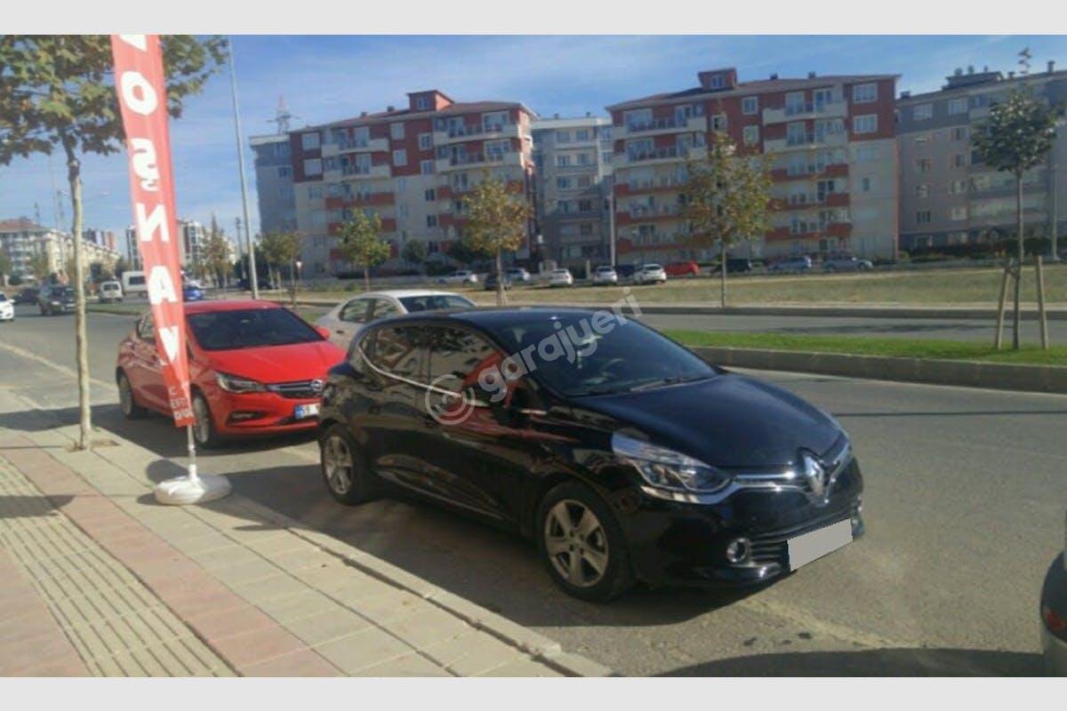 Renault Clio Kadıköy Kiralık Araç 3. Fotoğraf